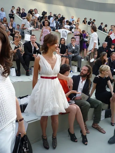 Jessica Alba at Chanel Haute Couture