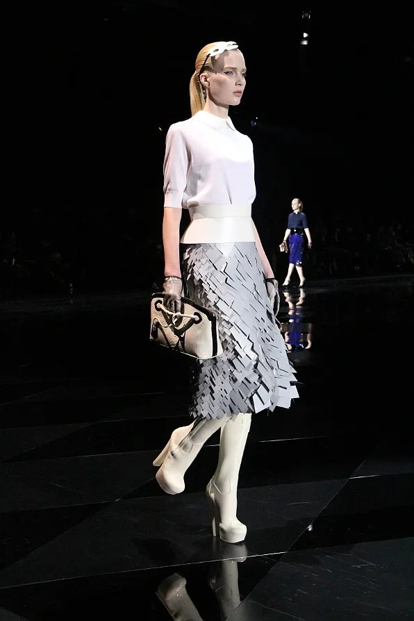 Elsa Sylvan at Louis Vuitton fall winter 2011 fashion show