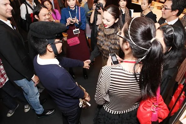 Bryanboy greeted by Japanese fans at Marc Jacobs