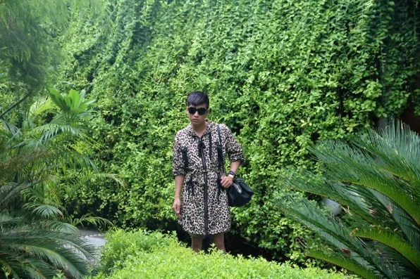 Bryanboy at the gardens of the Manor Hotel, New Delhi