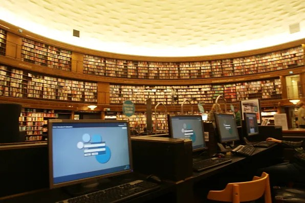 Stockholms Stadsbibliotek main book hall