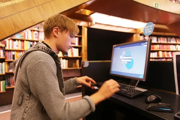 Gustav at Stockholms Stadsbibliotek