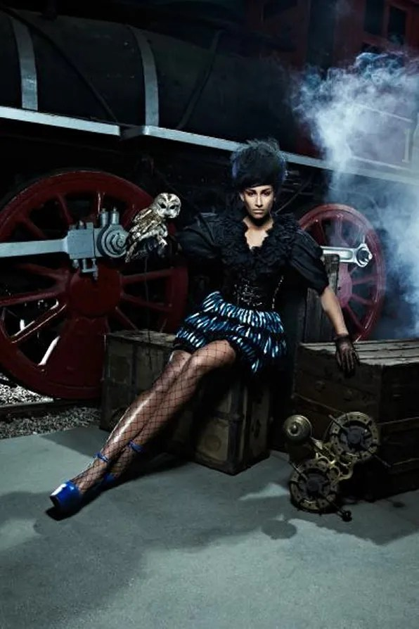 Kiara Steampunk photo shoot, America's Next Top Model Cycle 19