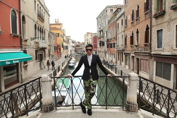 Bryanboy in Venice with Tea Room Di Elena Mazzacurati  at Sestiere Santa Croce, Venezia on his left