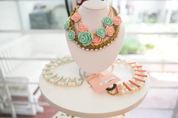 Costume jewelry by Pink Magnolia Mexico City