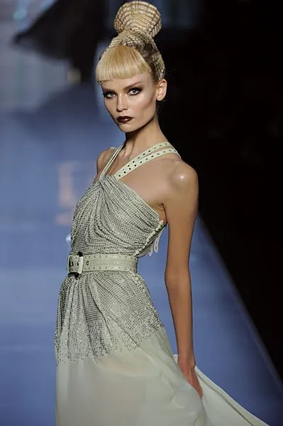 Christian Dior Spring/Summer 2009 final dress as worn by Natasha Poly.