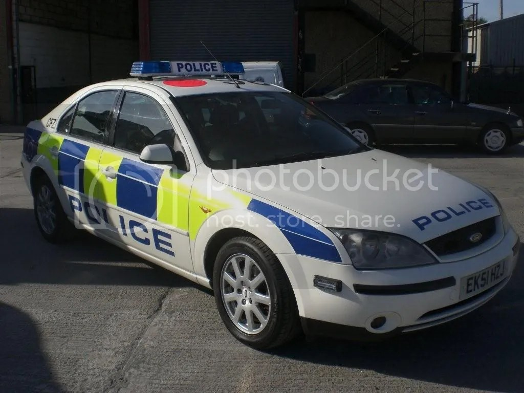 UK police cars photo: POLICE ACTION CARS CIMG23622.jpg