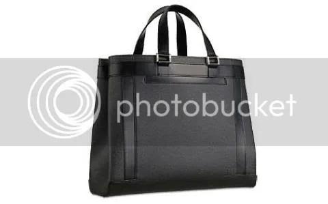 Louis Vuitton Kasbek in Taiga Leather