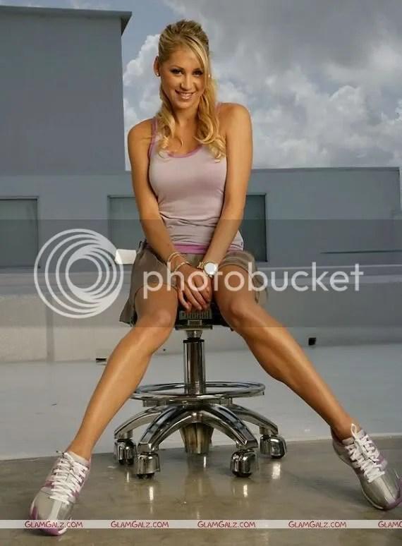Anna Kournikova Sports Illustrated Photoshoot