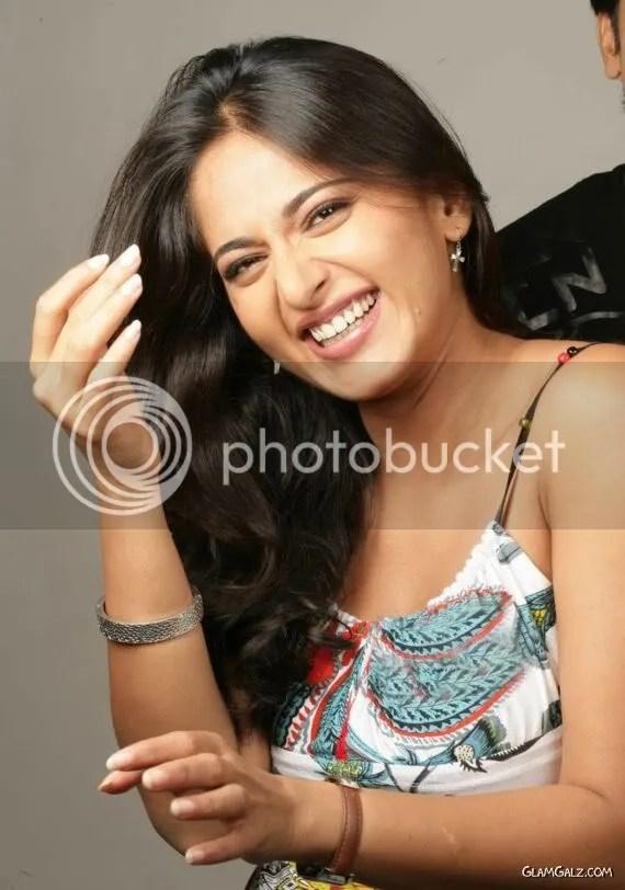 Pretty Tollywood Actress Anushka Shetty