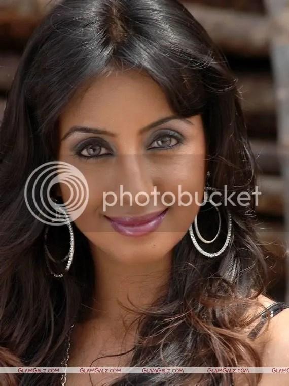 Beautiful Actress Sanjana Photoshoot
