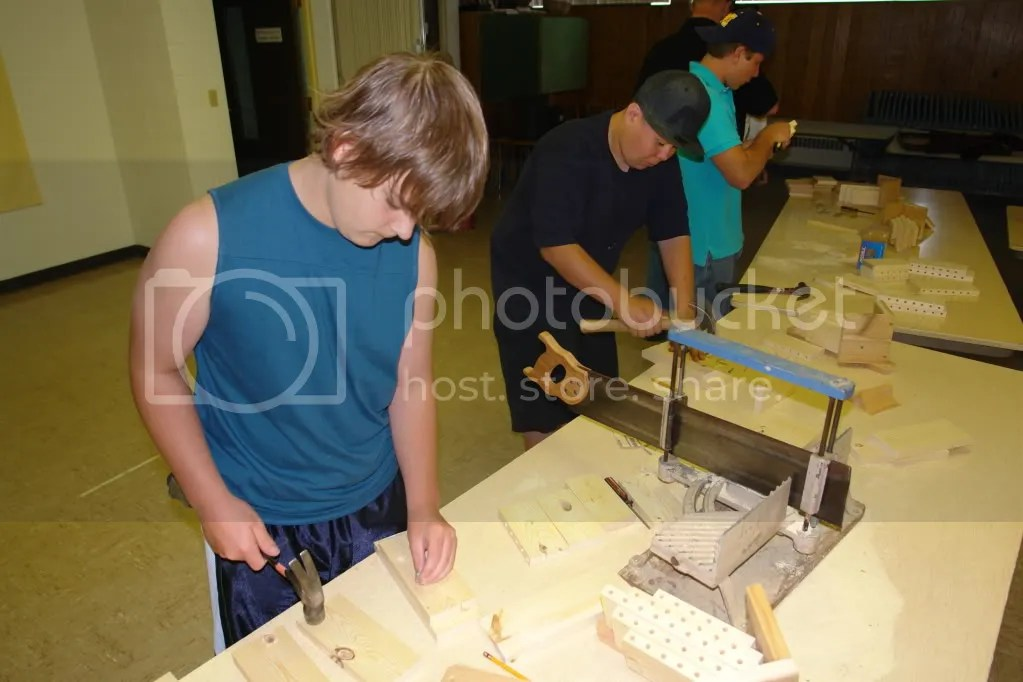 Building Zaagkii Project houses 7/7/09