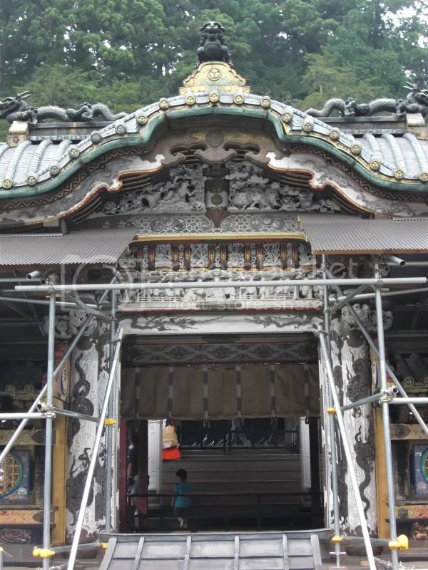 The outer part of Toshogu Shrine. The inner building is so awesome!!! Especially the dragons, on each pillar, are so life-like and gravity-defying. The carvings and ceiling is so awesome I stood there for 10 mins with my mouth open. Too bad photos are prohibited. Darn.
