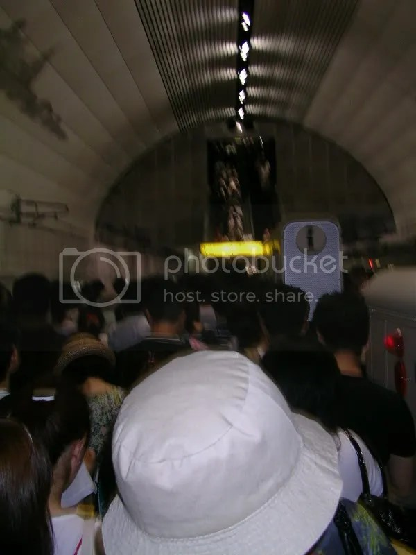 Just look at the human mass!!! Im amazed the escalators could still move!