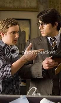 Jimmy Olsen... con pajarita y Clark mirandolo mal, no me extraña.