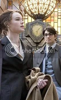 Clark, ¿donde coño miras? Coges actores jovenes y mira lo que pasa.