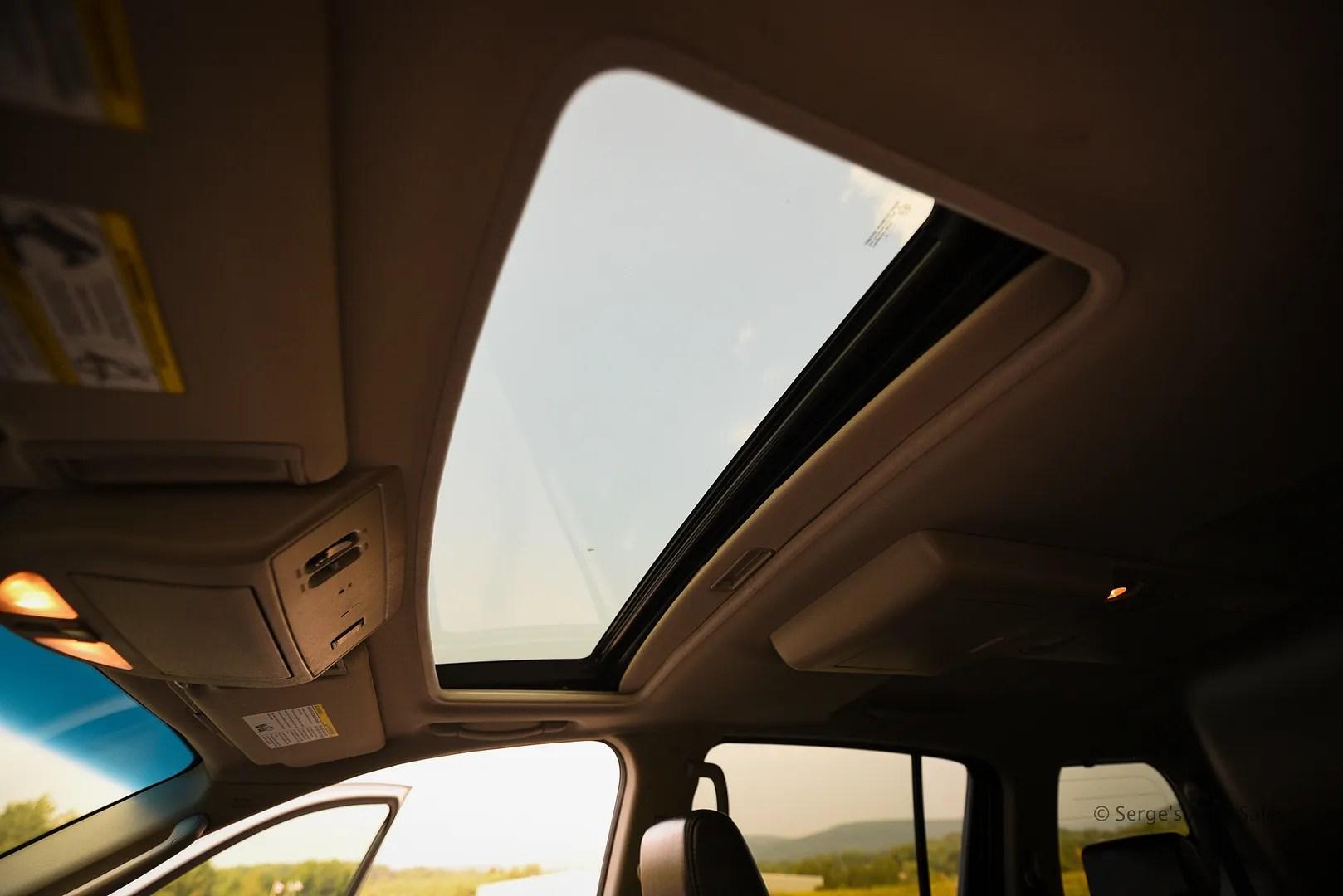 photo Infiniti-Serges-Auto-Sales-Car-dealer-Pennsylvania-QX56-Scranton-Nepa-45_zpswvuaz32b.jpg