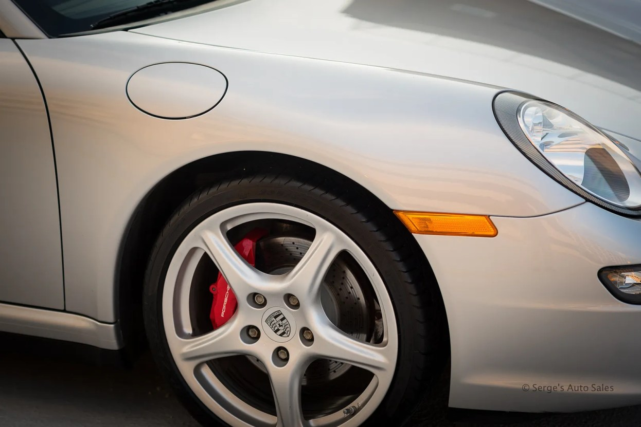 photo Serges-auto-sales-porsche-911-for-sale-scranton-pennsylvania-25_zpstlx482sd.jpg