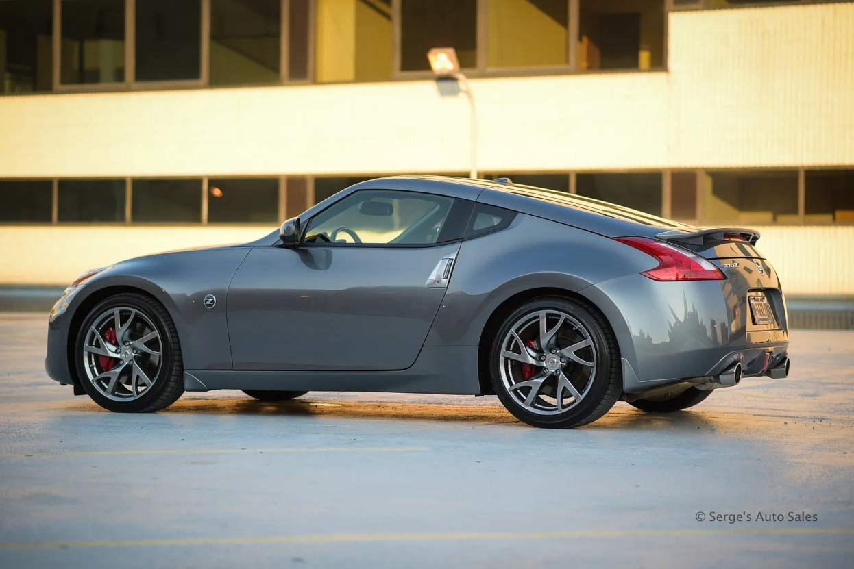 photo nissan-serges-auto-sales-northeast-pa-2014-370z--11_zpsuluvbkbh.jpg