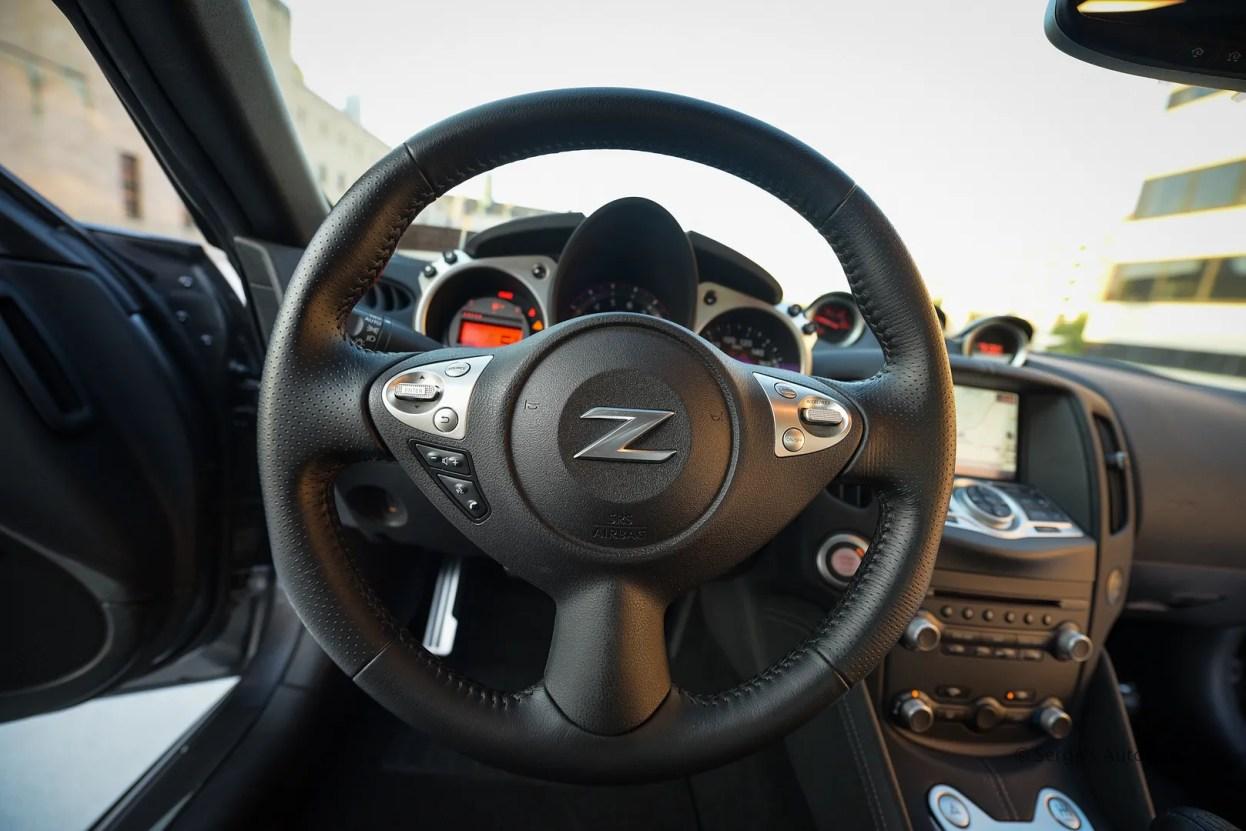 photo nissan-serges-auto-sales-northeast-pa-2014-370z--39_zpsu0hzxobe.jpg