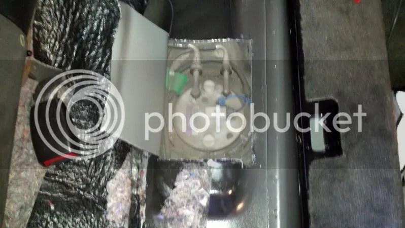 2011 Camaro Fuse Box Fuel Leak Fuel Pump Melting Amp Smoking Page 3