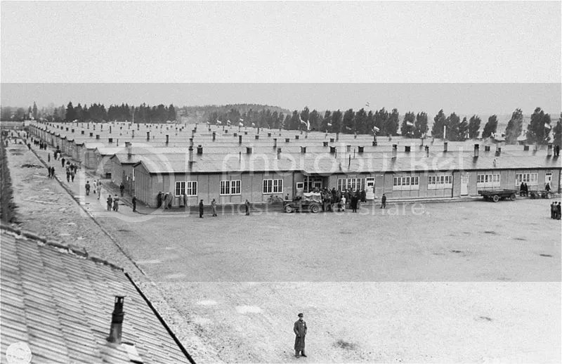 photo 800px-Prisoner27s_barracks_dachau_zps88ukhywa.jpg