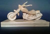 Chopper (Motorrad) aus Holz