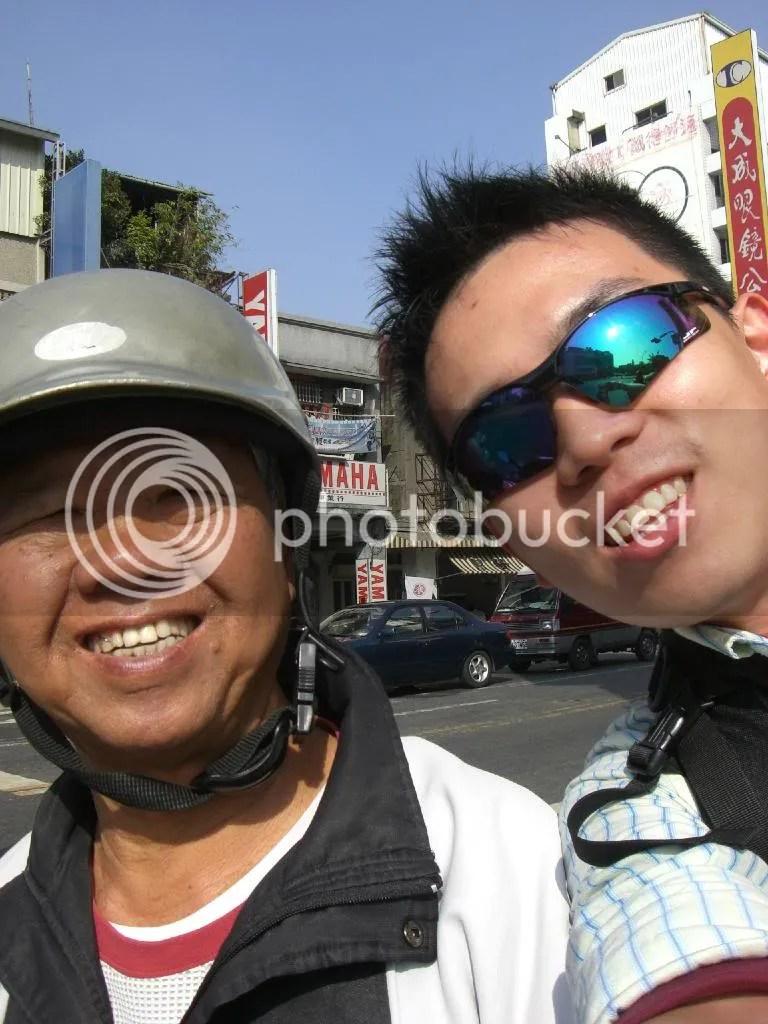 Kind old man who gave me a free ride to Koxinga shrine.