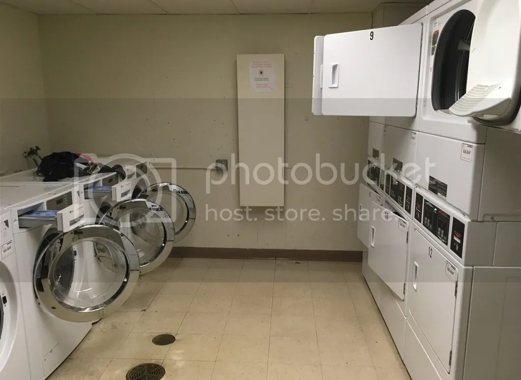 photo laundry kulom 1_zpsym0evpou.jpg