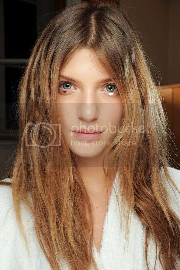 photo hairstyleforpartyseasonbeautyenxhi20_zpsa18d6f45.jpg