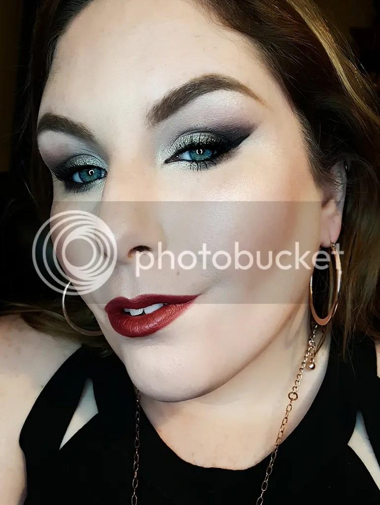 photo Dec. in Makeup - Bee Beauty 16_zps4zyitfem.jpg