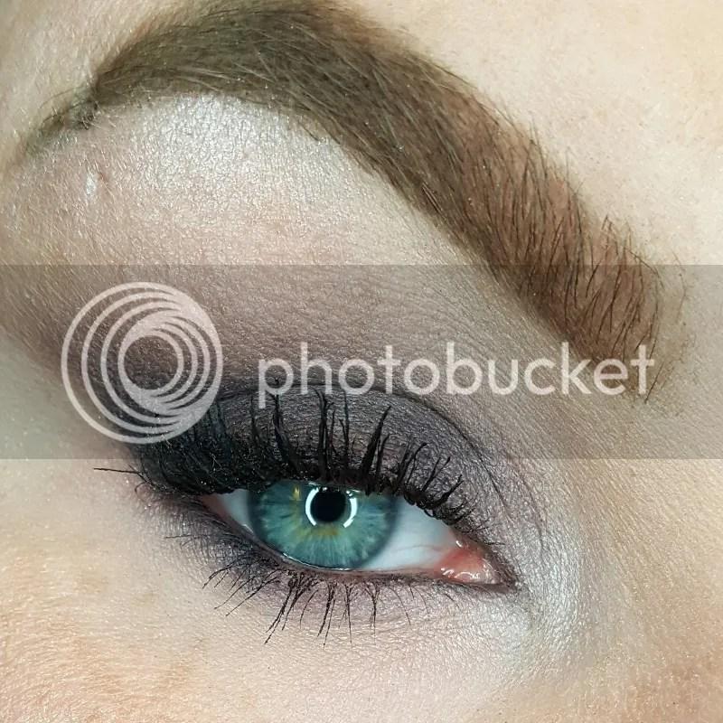 photo Dec. in Makeup - Bee Beauty 20_zpsllr966uw.jpg