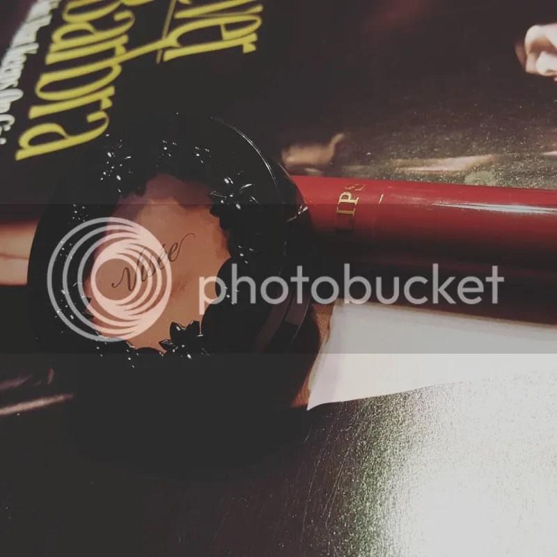 photo Dec. in Makeup - Bee Beauty 38_zps2qfcfugt.jpg