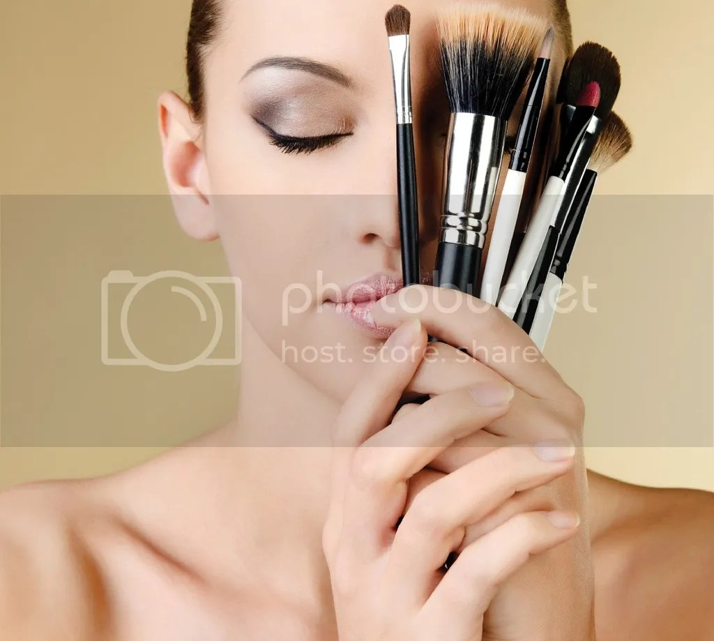 Make Up Natural Untuk Wajah Berminyak Berjerawat