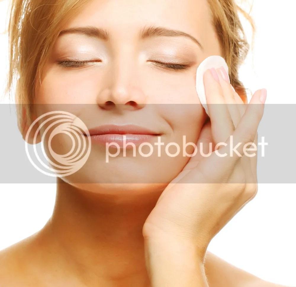 Make Up Untuk Wajah Berjerawat