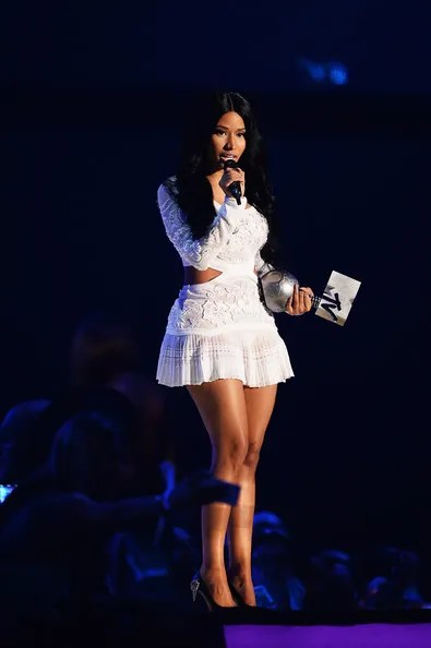 photo NickiMinajMTVEMA2014Showim2VgCFm8Qbl_zps805afd26.jpg