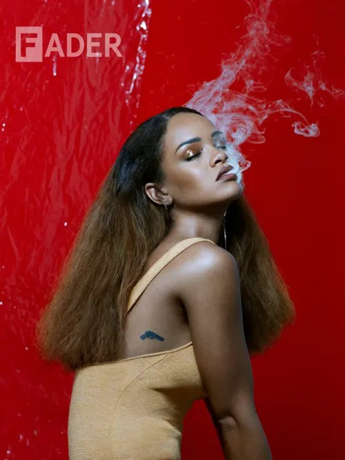 photo Rihanna_TheFADER_Renata Raksha1_zpsirijtpsc.jpg