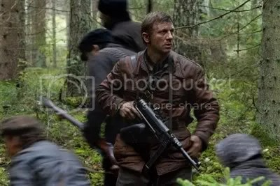 Daniel Craig in Defiance the movie.