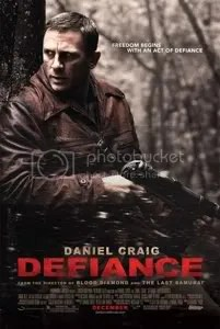 Daniel Craig in the movie Defiance
