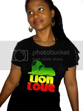 Lion Love T in Black