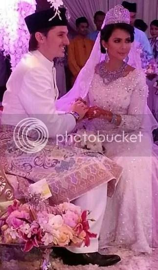 gambar pernikahan rozita che wan