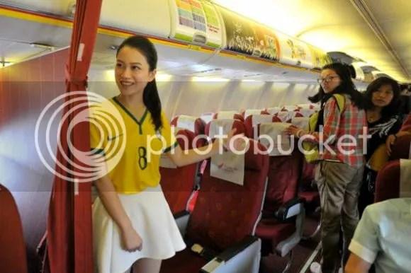 photo flight-attendant-brazil-world-cup-jersey3.jpg