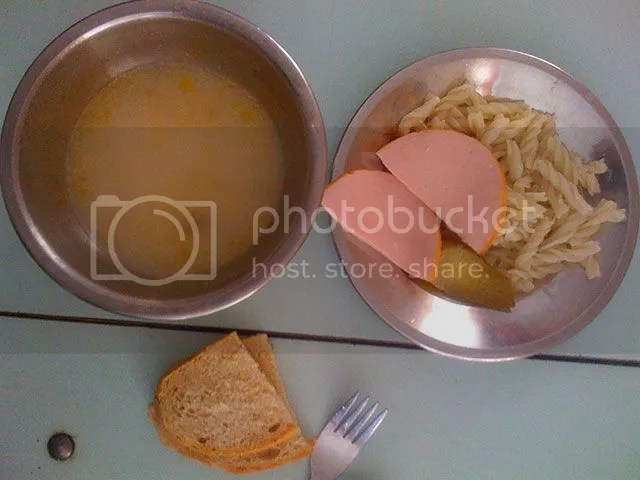 photo what_kids_eat_for_lunches_around_the_world_640_02.jpg