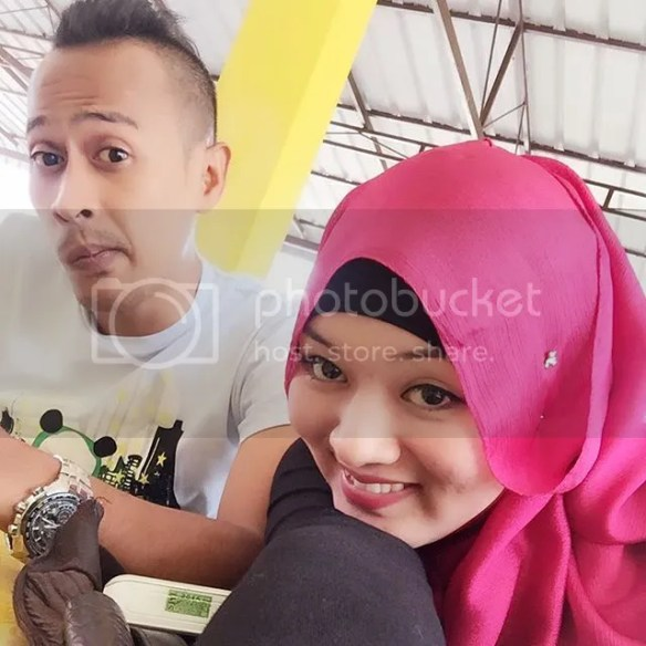 Image result for achey dan isteri 2017