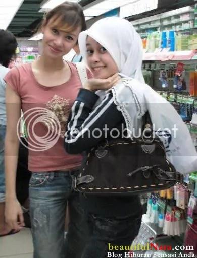 gambar heliza af dan kakaknya