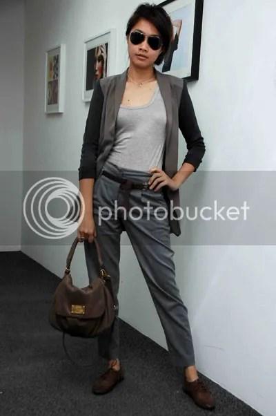 gambar artis anggun 2010