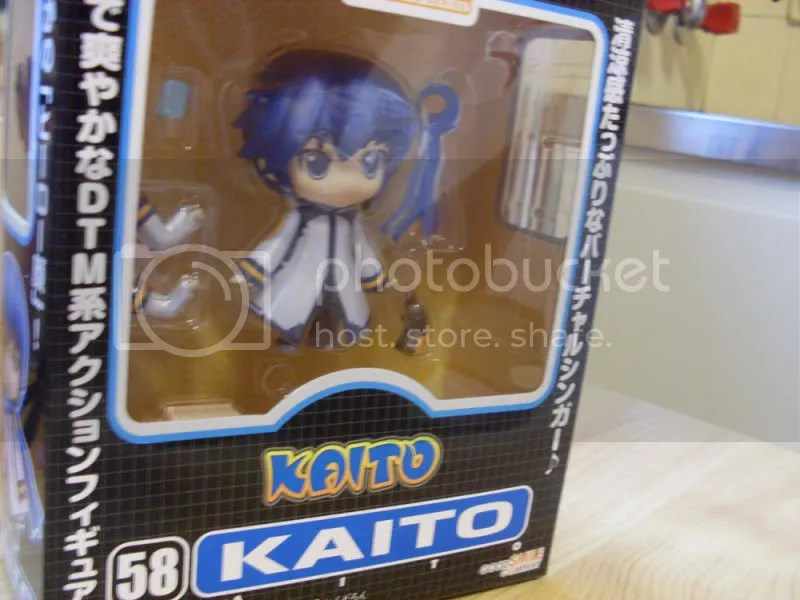 I love how it has to say KAITO 3 times on the front of the box, just in case you didnt notice at first.