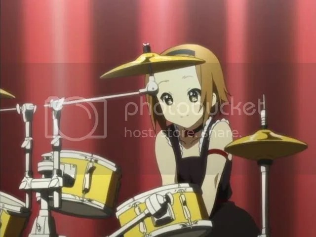 Its okay Mio, youre friends are here! Aaaaah gorgeous shot of Ritsu.