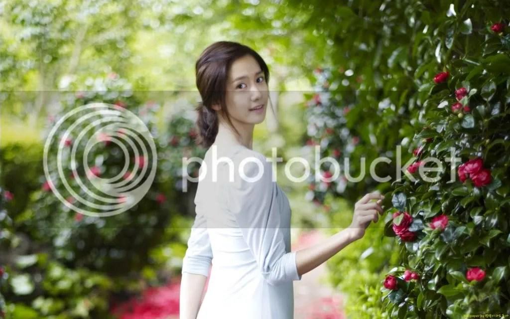 https://i0.wp.com/i398.photobucket.com/albums/pp70/Young_Lady_Junsu/Girls%20Generation/f00445524ab7a9bfe9030c.jpg
