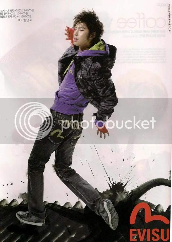 https://i0.wp.com/i398.photobucket.com/albums/pp70/Young_Lady_Junsu/TVXQ/YunHo%20for%20Evisu/53113999200908292008095373063822-2.jpg